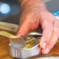 Mua sắm - Giá cả - Đồ hộp nhiễm độc: ăn là liệt!