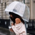 Làm đẹp - 6 cách để tóc thú vị cho ngày mưa