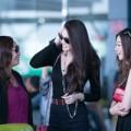 Làng sao - Lộ diện mẹ và chị gái xinh đẹp của Khánh My