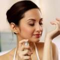 Làm đẹp - Mẹo giúp bền mùi nước hoa