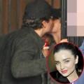 Làng sao - Orlando hôn má Miranda sau khi chia tay