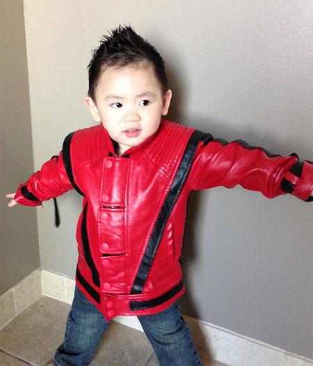 con trai bang kieu ngo nghinh don halloween - 9