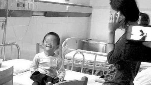 TQ: Thêm một bé trai 3 tuổi nhiễm H7N9-2