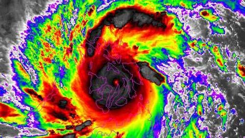 Cận cảnh siêu bão Haiyan càn quét Philippines - 12