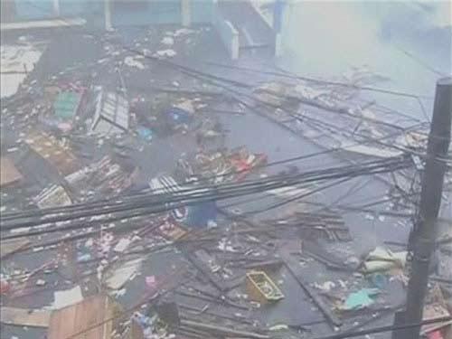 Cận cảnh siêu bão Haiyan càn quét Philippines - 5