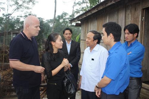Thu Minh xây tặng 20 căn nhà cho người dân vùng lũ-4