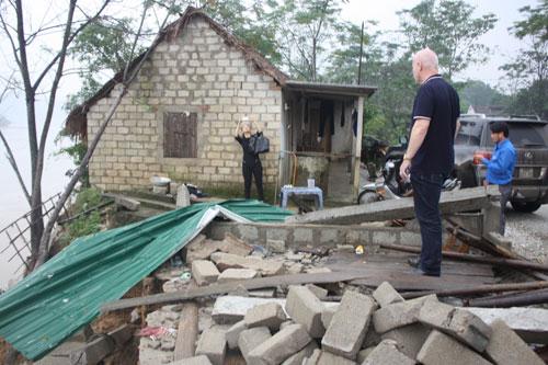Thu Minh xây tặng 20 căn nhà cho người dân vùng lũ-2