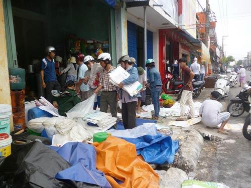 Dân miền Trung bắt đầu chạy siêu bão HaiYan - 13