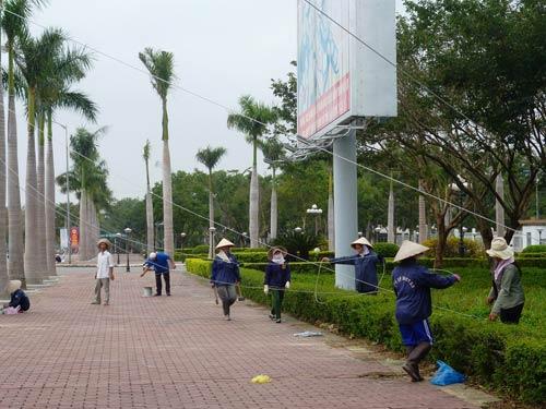 Dân miền Trung bắt đầu chạy siêu bão HaiYan - 14