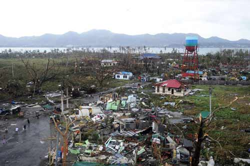 Khoảng 1.200 người Phillippines thiệt mạng vì siêu bão - 1