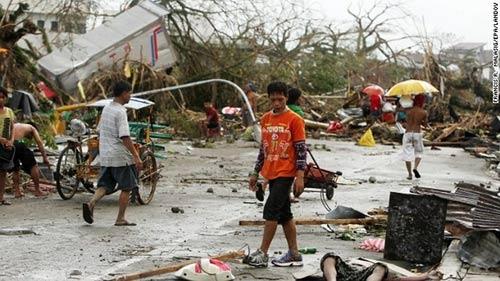 Ảnh, video: Philippines tan hoang sau siêu bão Haiyan - 12