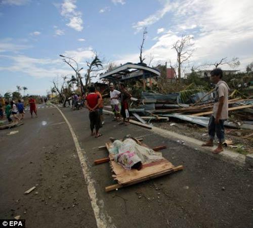 Ảnh, video: Philippines tan hoang sau siêu bão Haiyan - 9