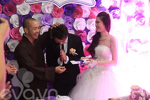 """co dau thuy anh theo dang khoi """"ve dinh"""" - 3"""