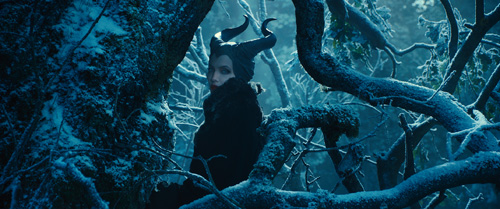 angelina jolie dep lanh lung trong maleficent - 5