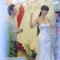 Làng sao - Lê Kiều Như đi thử váy cưới với bạn trai