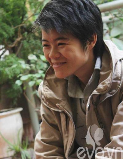 """cap dong tinh nu hn: """"chung toi dang rat hanh phuc"""" - 4"""