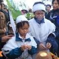 Con nhỏ gào khóc trong đám tang nạn nhân vụ Zone 9