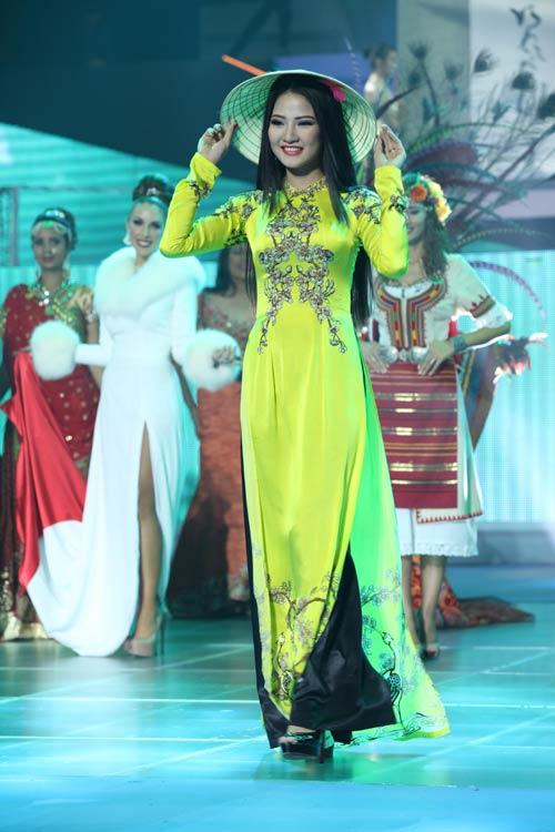 tran thi quynh lot top 6 mrs world 2013 - 5