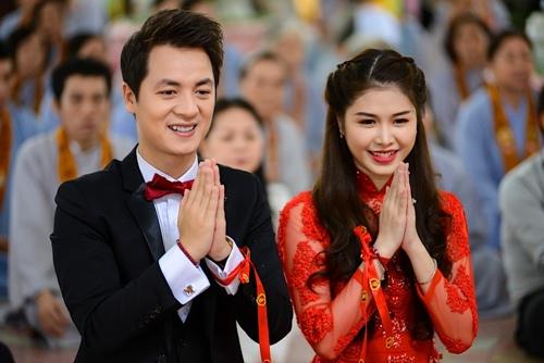 vo chong dang khoi lam hon le theo dao phat - 14