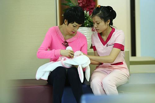 xuan lan lan dau lo dien sau khi sinh - 5