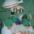 Tin tức - Hà Nội: Mổ đẻ, trẻ sơ sinh bị gãy hai chân và tay