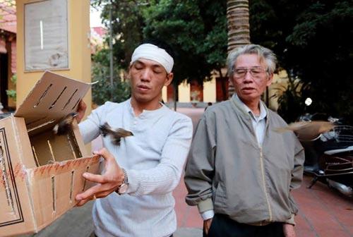 vu cat tuong: dua di anh chi huyen len chua kim lien - 9