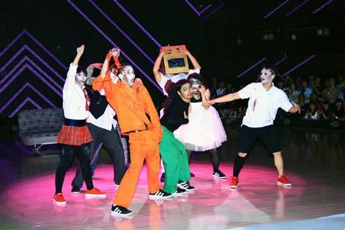 khanh thi nhap vien sau khi lam mc got to dance - 3
