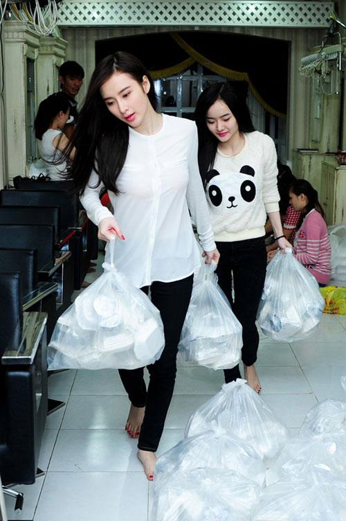 chi em angela phuong trinh phat com giua dem - 1