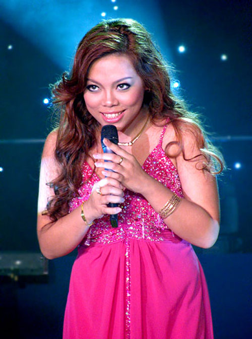 "ha linh bat ngo ""nhuan sac"" qua the voice - 3"
