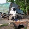Tin tức - Xe tải gây tai nạn, 7 người thương vong