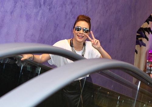 "my tam cuc ""chat"" hoi ngo thi sinh idol - 1"
