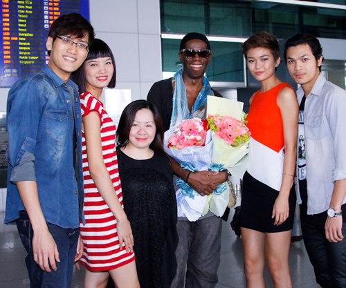 giam khao ameria's next top model den viet nam - 5