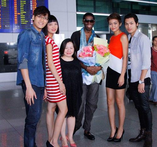 giam khao ameria's next top model den viet nam - 6