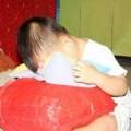 Vụ bảo mẫu đánh trẻ: Phụ huynh mệt vì di chứng