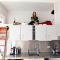 Nhà đẹp - Có nên nằm ngủ trên bếp?