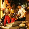 Làng sao - Phan Thanh Bình đưa vợ con đi chơi khuya