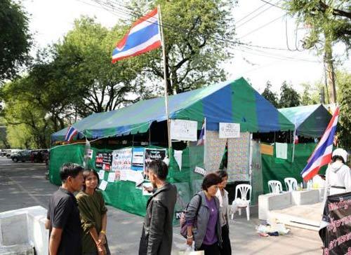 thai lan: nguoi bieu tinh bi ban chet - 1