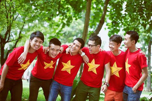 ban tre tau thanh nien dong nam a rang ngoi ao co to quoc - 7