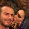 "Làng sao - Eva ""soi"" 6/10: Victoria gây sốt khi hôn Beckham"