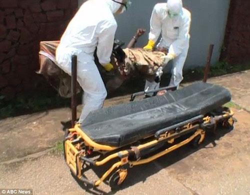 thi the nan nhan ebola dot nhien song lai - 3