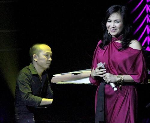 sao viet chia tay van khong ngai bieu dien chung - 12
