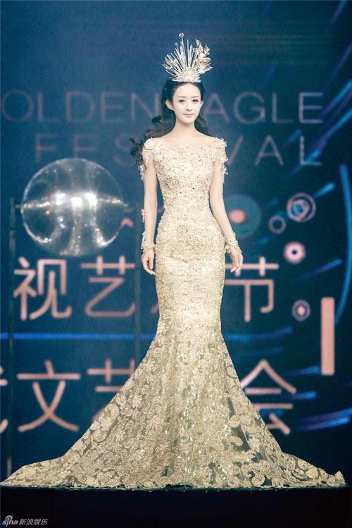 Mê mẩn nhan sắc tuyệt trần của Nữ thần Kim Ưng-1