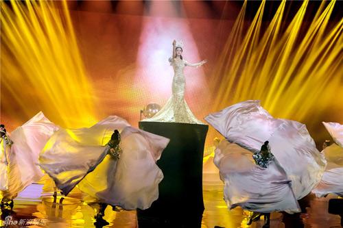 Mê mẩn nhan sắc tuyệt trần của Nữ thần Kim Ưng-5