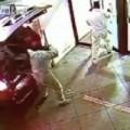Clip Eva - Tên trộm dùng xe ôtô kéo nguyên cả cây ATM