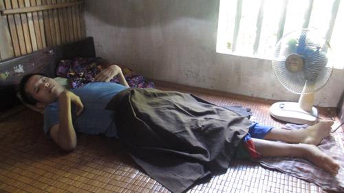 Cuộc sống khốn khổ của 3 anh em nhiễm chất độc da cam-1
