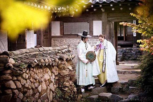 Lộ thêm loạt ảnh cưới như phim cổ trang của Chae Rim - 2