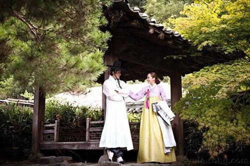 Lộ thêm loạt ảnh cưới như phim cổ trang của Chae Rim - 3