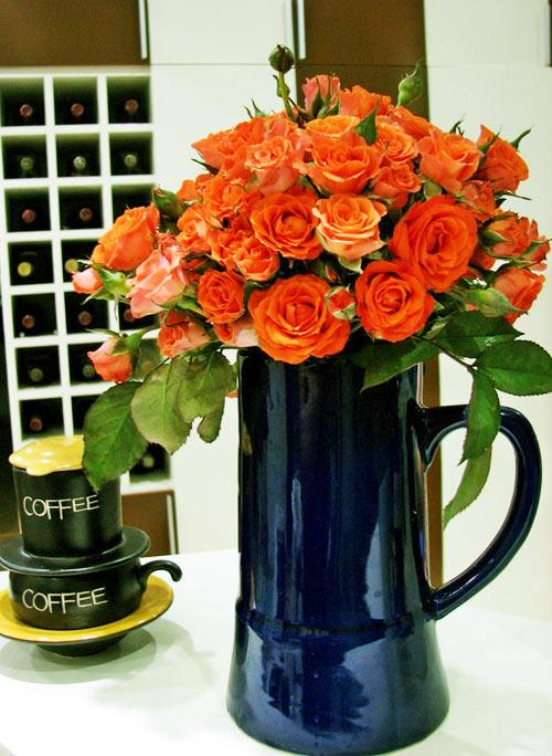 Thăm ban công hoa tình yêu ở quận Từ Liêm - 10