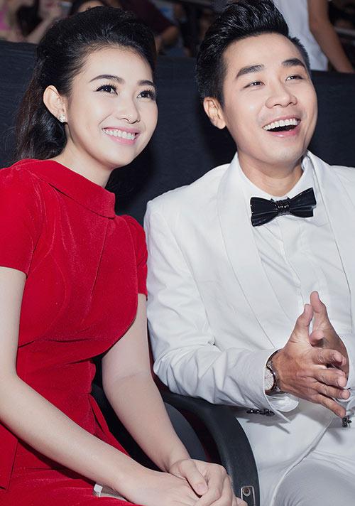 """MC Nguyên Khang được """"bạn gái"""" chăm sóc tận tình-7"""