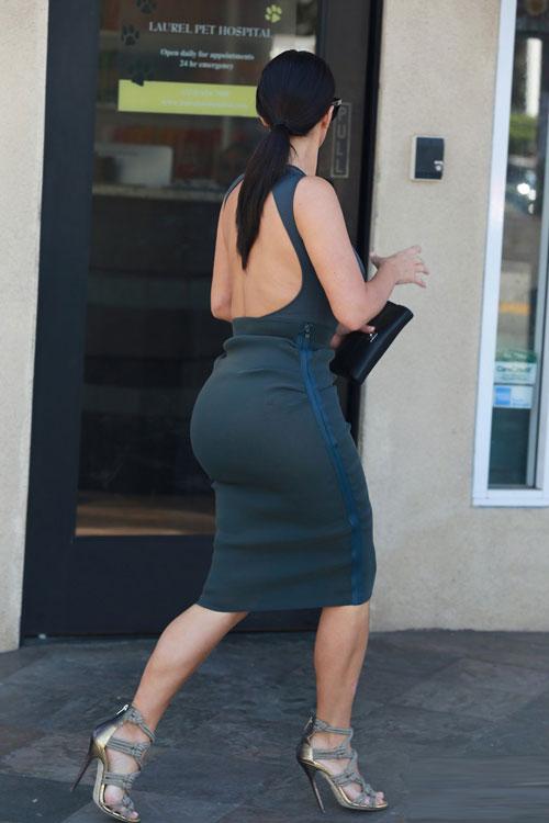 kim kardashian tuoi roi ben chong tren pho - 5